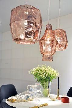 Copper lamps - Model Home Interior Design Copper Light Fixture, Copper Lamps, Copper Decor, Copper Lighting, Home Lighting, Light Fixtures, Gold Lamps, Light Fittings, Deco Luminaire