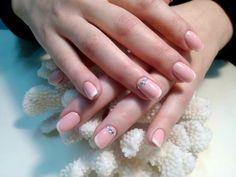 Cool Motive pentru care ar trebui sa-ti faci manichiura Cool Stuff, Nails, Beauty, Finger Nails, Ongles, Beauty Illustration, Nail, Nail Manicure