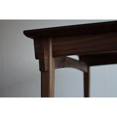 . 坊主面、太鼓面、角面、角丸、円弧… 様々な要素が交差する場所。  #テーブル#ダイニングテーブル#片井家具道具#マイホーム#インテリア#家具#オーダー家具#木工#暮らし#デザイン #woodworking#woodwork#furniture#table