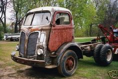 40 International cabover