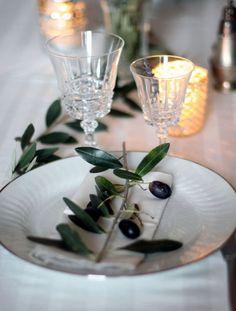 olives on the branch! Olives, Sofa Lounge, Flower Decorations, Table Decorations, Elegant Table Settings, Tuscan Wedding, Wedding Set, Wedding Table, Dream Wedding