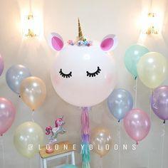 Unicorn Birthday Parties, Unicorn Party, First Birthday Parties, Diy Birthday, Fete Emma, Unicorn Balloon, Rosalie, Girl Birthday Decorations, Pony Party
