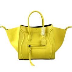 Celine Fluo Yellow Sleek Leather Luggage Phantom Bag On Sale. All Celine Luggage Phantom Baggage are with the very best top quality leather. Classic class that has a major refined structure helps make them precious and one of a kind with the unmistakable type.