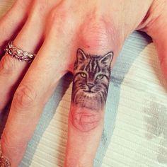 Finger Kitty