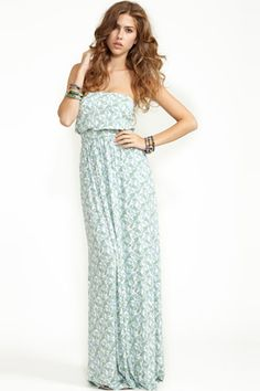 I love Maxi dresses in the spring. Most comfortable go-to outfit!