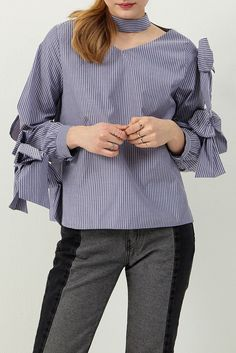 Ivy Chocker-neck Blouse Discover the latest fashion trends online at storets.com