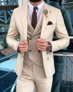 Handsome Beige Wedding Tuxedos Back Vent Slim Fit Notched Lapel Men Suits For Prom (Jacket Pants Vest Tie) - Man Fashion Prom Suits For Men, Dress Suits For Men, Beige Prom Suits, Grey Suits, Terno Slim, Beige Wedding, Formal Wedding, Slim Fit Suits, Skinny Suits
