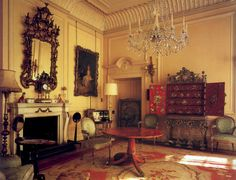clarence house queen mother | william shawcross queen elizabeth the queen mother the official ...