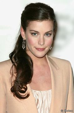 Liv Tyler is perfect in this picture. I love the makeup, the hair...perfection.