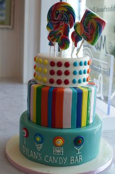 A Cheerful Rainbow Cake Makes Everything Better!!!