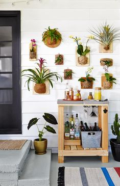 porch-bar-cart-wall-plants-396362fd Outdoor Kitchen Cabinets, Outdoor Kitchen Bars, Garden Living, Home And Garden, Garden Art, Dream Garden, Porch Bar, Diy Outdoor Bar, Outdoor Ideas