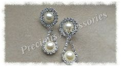 Diamanté & Pearl droppers.. perfect for any occasion...