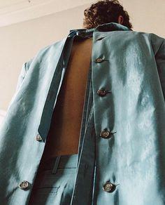 Y/PROJECT open back blazer @contenastore / shot by @chloeledrezen / #contenastore #chloeledrezen #yproject