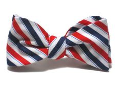 Win this independence bow tie to look festive (yet stylish) on July 4! All you have to do is enter. #july4 #fourthofjuly