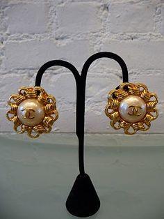 1980's Chanel Earrigns
