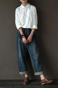 Vintage Cowboy # Jeans Hosen Frauen Hosen - # Cowboy # Jeans # Hosen # Trousers - Lilly is Love Fashion Mode, Look Fashion, Womens Fashion, Classy Fashion, Petite Fashion, Ladies Fashion, Fasion, Fashion Fashion, Mode Outfits