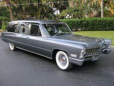 1967 Cadillac Hess & Eisenhardt hearse