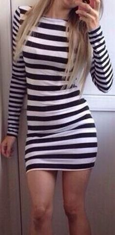 Scoop Long Sleeves Bodycon Striped Short Dress