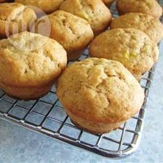 Heerlijke bananen muffins @ allrecipes.nl. 100 mg witte basterdsuiker en 50 mg donkere basterdsuiker!