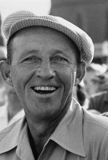 Bing Crosby ~ Born: Harry Lillis Crosby May 1903 in Tacoma, Washington, USA Died: October 1977 (age in Madrid, Spain Old Hollywood Actors, Hollywood Stars, Classic Hollywood, Vintage Hollywood, Best Actor Oscar, Bob Hope, Bing Crosby, Classic Movie Stars, Before Us