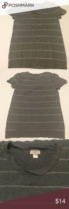 Ann Taylor gray sweater Ann Taylor gray sweater• size small• silver stripes• short sleeves• darling twisted collar Ann Taylor Sweaters Crew & Scoop Necks