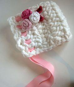Toot Sweet Newborn Bonnet: free crochet pattern on www.mooglyblog.com