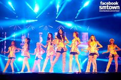 Girls' Generation excites 12,000 fans in first solo concert in Indonesia ~ Latest K-pop News - K-pop News | Daily K Pop News