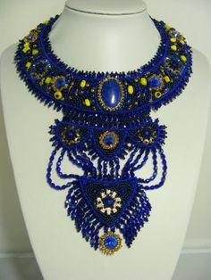 Lapis lazuli et swarovski rivoli étole de par TheHouseofBeads, $800.00