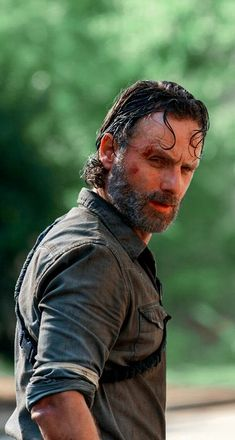Rick Grimes Walking Dead, Walking Dead Tv Show, Walking Dead Zombies, Rick Grimes Costume, Dead Pictures, Funny Pictures, Walking Dead Wallpaper, Andrew Lincoln, Daryl Dixon