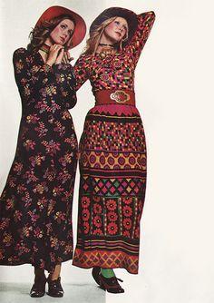 'Sew stylish. Sew smart. Sew today's trendy looks with superb turbo Acrilan.' (1971)