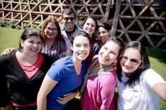 Estamos todos es una invitación a sentirte parte de esto. A formar parte del equipo. Es una invitación a la ciudadanía. Ahora repetimos la frase todo el tiempo porque ya nos sentimos parte de Teletón. Y el lema invita a eso que seamos parte que seamos todos inclusivos que seamos TODOS. - Alelí Perrupato.  Ellos son parte del nuevo equipo del Centro de Rehabilitación en Alto Paraná  Cada vez más cerca de cumplir el sueño del 4to CRIT!  #EstamosTodos