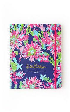 Lilly Pulitzer Jumbo Agenda in Trippin and Sippin. It has everything I need.. The perfect agenda if you have to balance school, work, and greek life!
