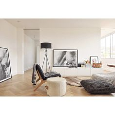 #livingroom #interiordesign #interiorstyling #artwork #herringbonefloor #white #homedesign #interior #art #homeinspo #design #home #customhomes