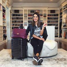 Ready to fly again!✈️ ------- Pronta para viajar de novo! ✈️ #letsgo (Mala e bolsa @lepostiche )