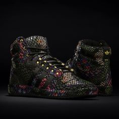 timeless design aecd7 77cb3 adidas Originals Top Ten Floral Sneakers Nike, Floral Sneakers, Floral  Shoes, Adidas