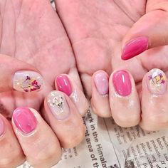 Nail Art, Nails, Flowers, Beauty, Finger Nails, Ongles, Cosmetology, Royal Icing Flowers, Nail Arts