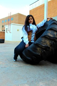 Raisa and Tires
