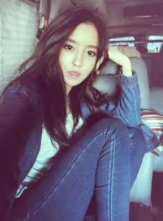 T-ara's Hyomin casual look, really wish to have that hair and that body