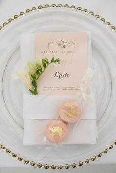 EYI Love, modern and stylish wedding stationery.