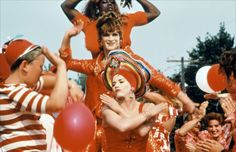 Take pointers on how to work the runway from three New York drag queens' maximalist style in 1995 film To Wong Foo, Thanks for Everything! To Wong Foo, Julie Newmar, Thanks For Everything, Small Town America, Hoe Tips, Thought Catalog, I Can Do It, Queen Quotes, Self Confidence