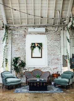Wedding Venues Eclectic Blue Downtown L. Wedding - Inspired By This - This eclectic blue Downtown LA wedding is one for the books. Creatives will love this talented couple's eclectic nuptials in a warehouse like setting. Victorian Couch, Antique Couch, Antique Chest, Chill Lounge, Blue Lounge, Lounge Couch, Wedding Lounge, Wedding Seating, Dream Wedding