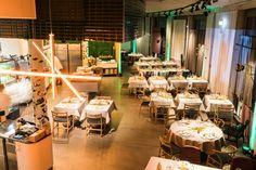 Silvesterabend in der Guten Botschaft #diegutebotschafthamburg #hamburg #restaurant #timmälzer Restaurant Hamburg, Table Decorations, Furniture, Home Decor, Food Menu, Side Dishes, Decoration Home, Room Decor, Home Furnishings