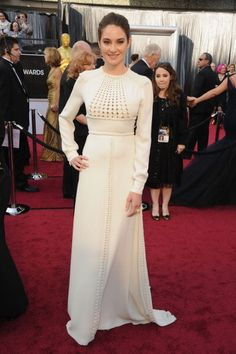 Shailene Woodley's wearing white Valentino couture
