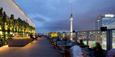 Anisa Shaikh rounds up some of the city's best al fresco bars and clubs… on Slow Travel Berlin Rooftop Bar Bangkok, Best Rooftop Bars, Rooftop Restaurant, Parfait, Bar Berlin, Techno, Europe Beaches, Slow Travel, Rooftop Garden