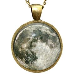 FULL MOON NECKLACE currently on sale for 14.99 from Wicked Clothes. So close to buying this right now. Quite nice for fall and halloween time (or, you know, all the time)