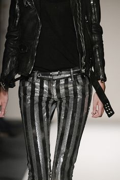 balmain by christophe decarnin Christophe Decarnin, Glam Rock, Her Style, Balmain, Black And Grey, Fashion Show, Street Style, Mj, Sexy