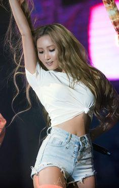 Image about girl in Mama, Mama, Mamamoo by Mila Bucheli Mamamoo, Redhead Girl, Brunette Girl, Sexy Asian Girls, K Pop, Korean Girl Groups, Kpop Girls, Sexy Bikini, Girl Crushes