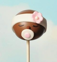 Baby cake pop, cute for a boy as well with a blue hat! Baby Cake Pops, Baby Shower Cake Pops, Baby Pop, Sweet Cakes, Cute Cakes, Pretty Cakes, Cake Pop Designs, Cookie Pops, Decoration Table