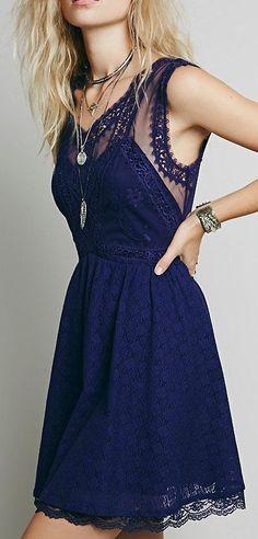 Love it . Dark blue midi dress.