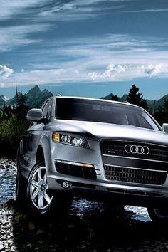 ♂ Silver car Audi Q7